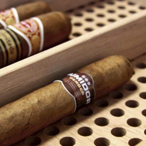 GERBER Humidor Cube Befeuchtung der Zigarren