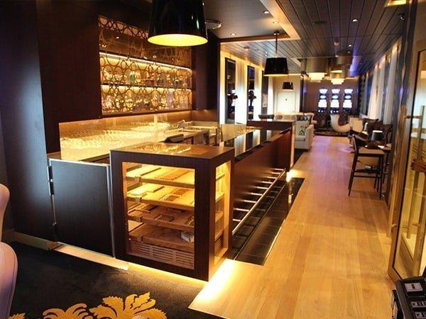 Cigar Lounges Mein Schiff GERBER Humidors
