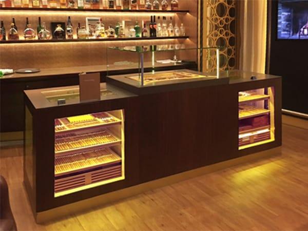 Cigar Lounges Luxus Kreuzfahrtschiff GERBER Humidor