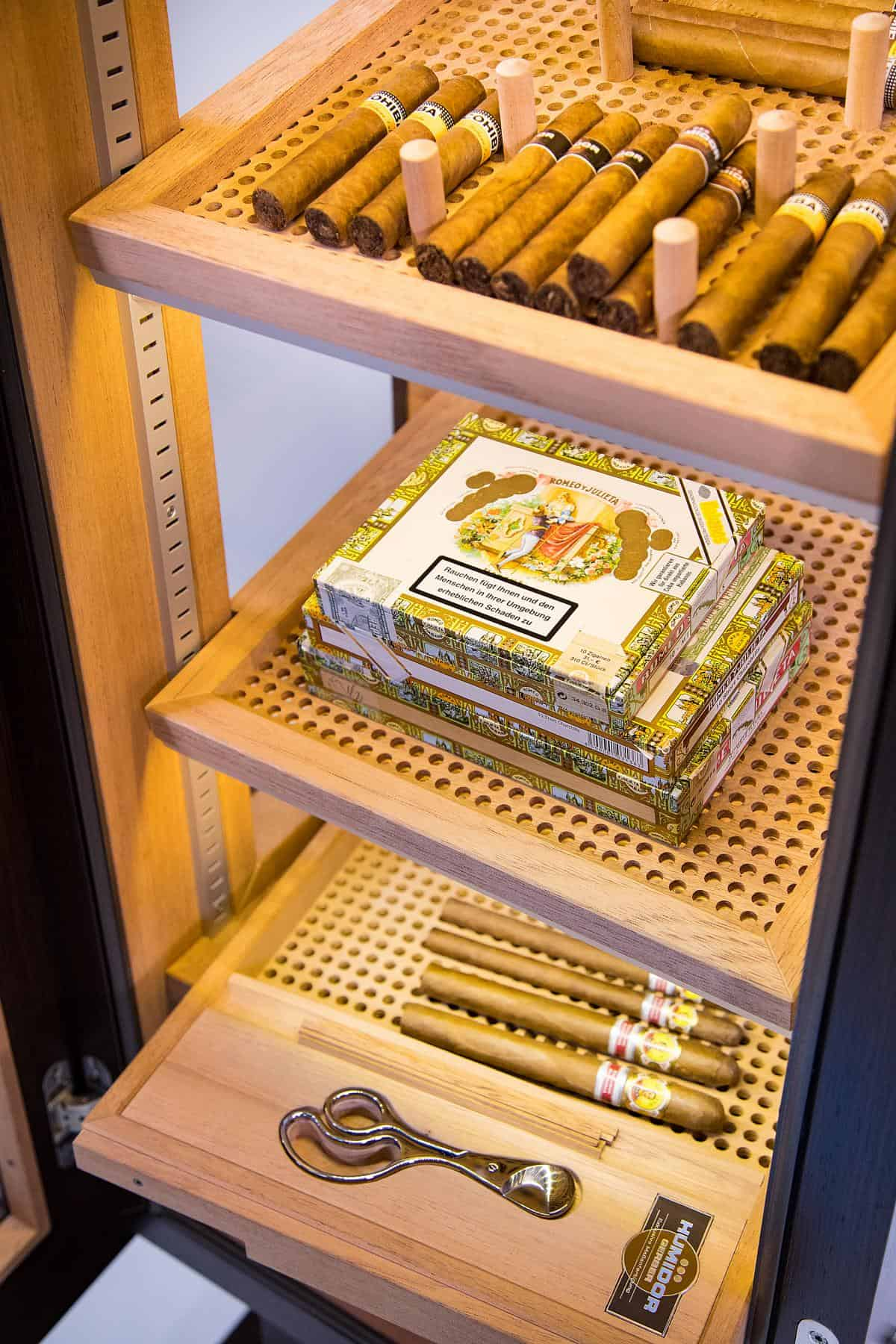 GERBER Humidor CigarArt Lighting